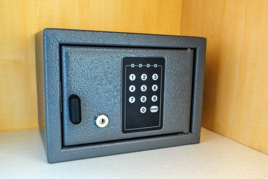 Hotel room safety deposit box