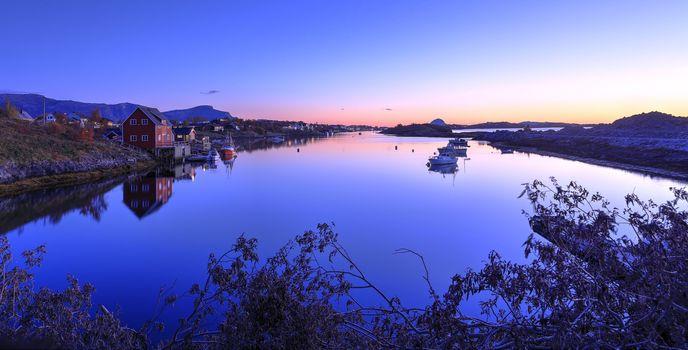 Sunset Salhussundet