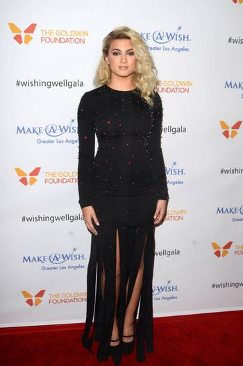 Tori Kelly at the 4th Annual Wishing Well Winter Gala presented by Make-A-Wish Greater Los Angeles, Hollywood Palladium, Hollywood, CA 12-07-16