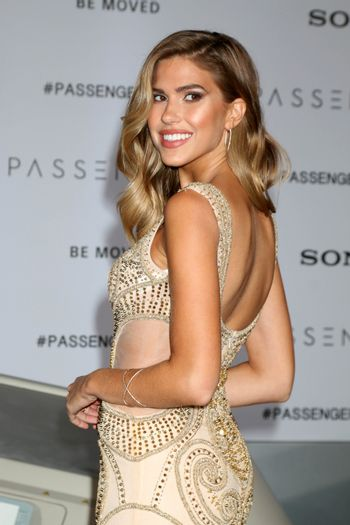 """Kara Del Toro at the """"Passengers"""" Premiere, Village Theater, Westwood, CA 12-14-16/ImageCollect"""