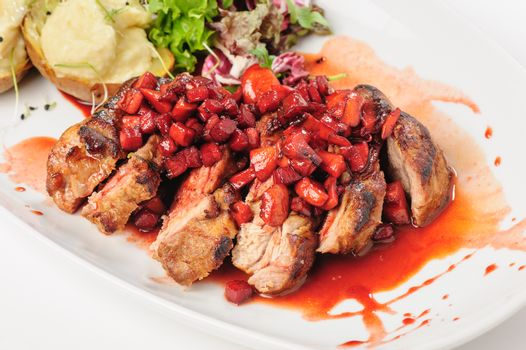 roasted beef with berry and apple sauce