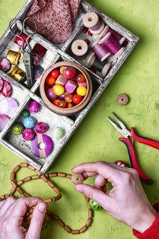 craft women jewelry