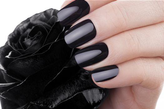 Very balack nails