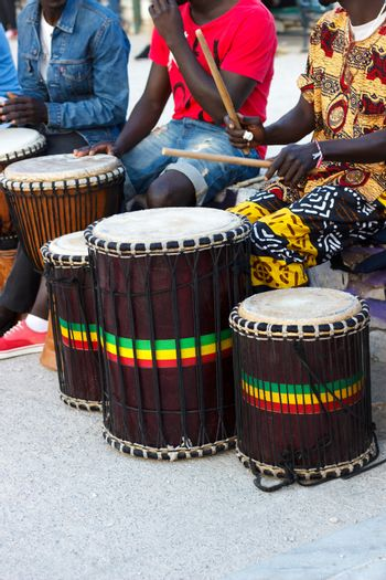 djembe drummers playing