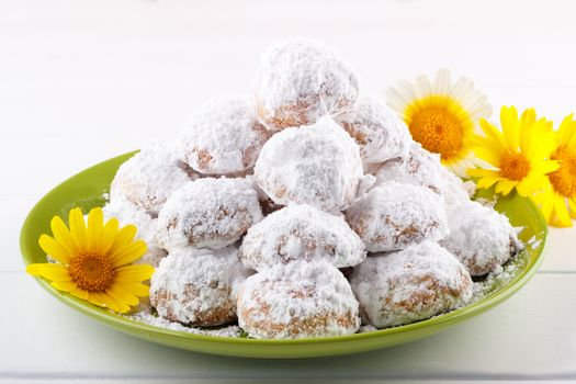 Cookies with almonds