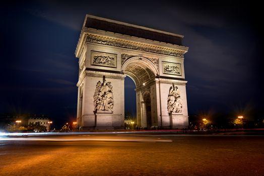 Arc de triomphe in evening