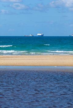 the ships on horizon