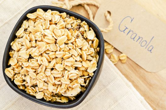 Crunchy almond and oatmeal granola.