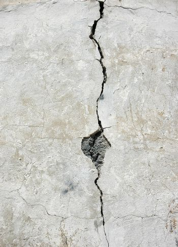 crack in old dirty wall for background design