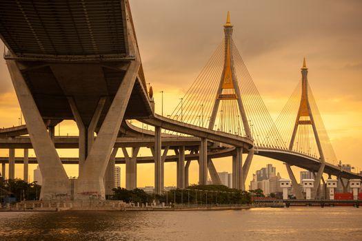 Twilight Bridge in Thailand,The bridge crosses the Chao Phraya River twice.