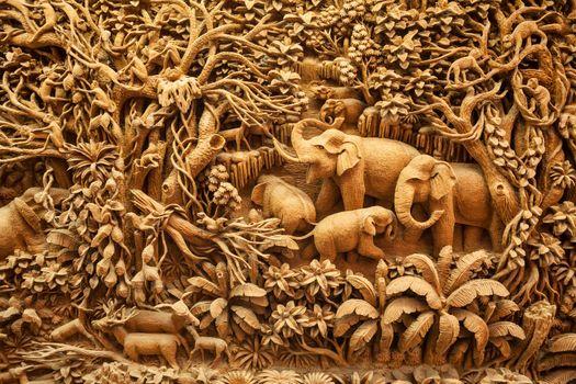 Carved Thai elephant on the wood frame