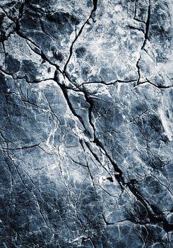 blue oblique fissure limestone