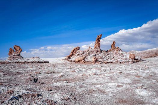 Las tres Marias landmark in Valle de la Luna, San Pedro de Ataca