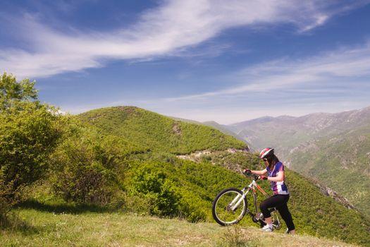 mountainbike girl in nature