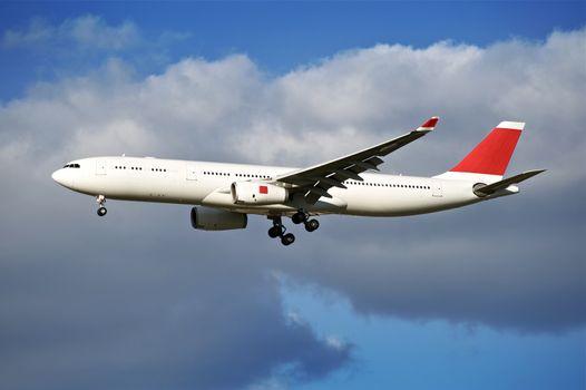 Airliner Arrival