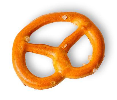 Single crunchy pretzels with salt