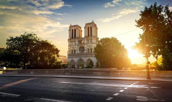 Notre Dame and road