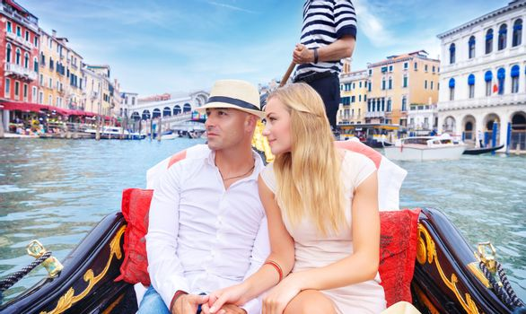 Happy couple traveling to Italy