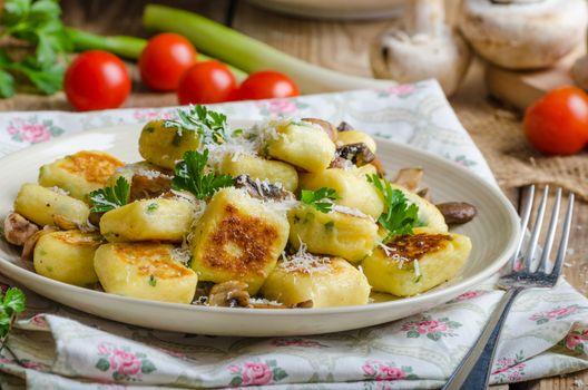 Crispy fried gnocchi