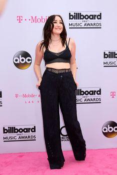 Noah Cyrus at the 2017 Billboard Awards Arrivals, T-Mobile Arena, Las Vegas, NV 05-21-17