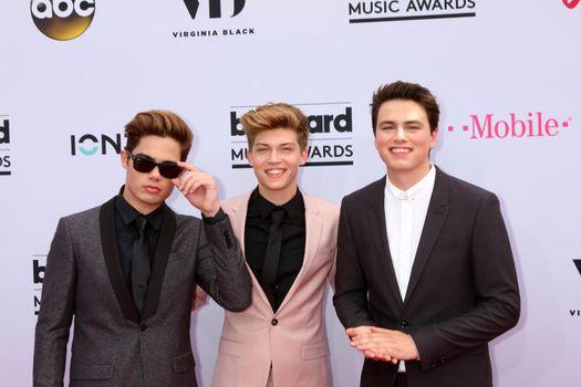 Emery Kelly, Ricky Garcia, Liam Attridge at the 2017 Billboard Awards Arrivals, T-Mobile Arena, Las Vegas, NV 05-21-17
