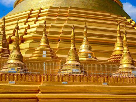 Shwedagon pagoda, Yangon Myanmar.