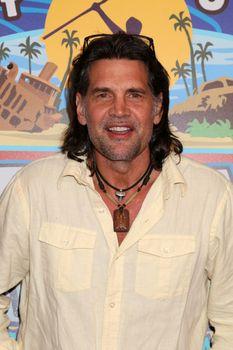"Troyzan Robertson at the ""Survivor: Game Changers - Mamanuca Islands"" Finale, CBS Studio Center, Studio City, CA 05-24-17"
