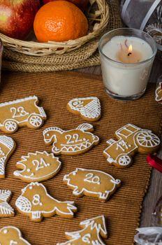 Processing of gingerbread advent calendar