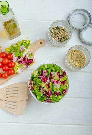 Preparation of mixed vegetable salad