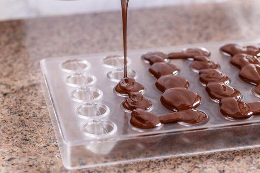 Pour liquid chocolate