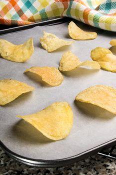 potato crisps fresh out the oven