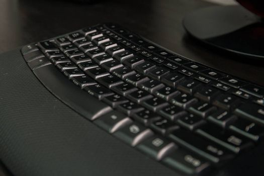 Keyboard with letters in Hebrew and English - Wireless keyboard