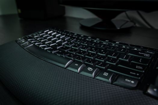 Keyboard with letters in Hebrew and English - Wireless keyboard - Dark atmosphere