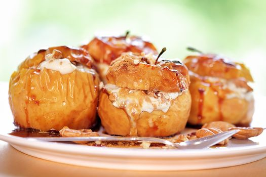 Delicious baked apples