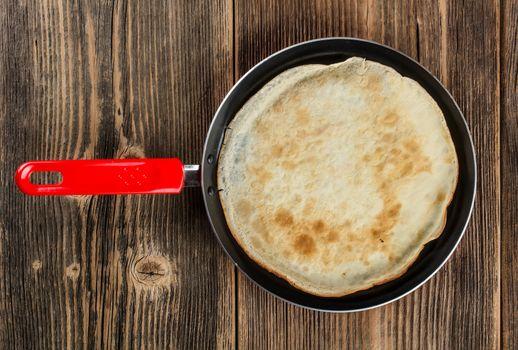 Frying pan with pancake