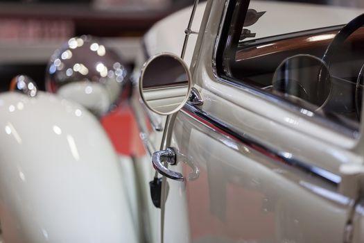 oldtimer rearview mirror