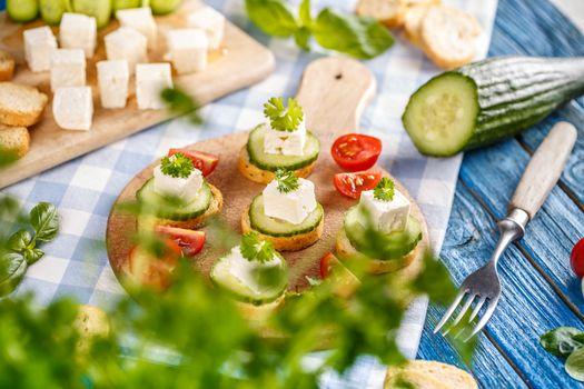 Vegetarian toast snacks