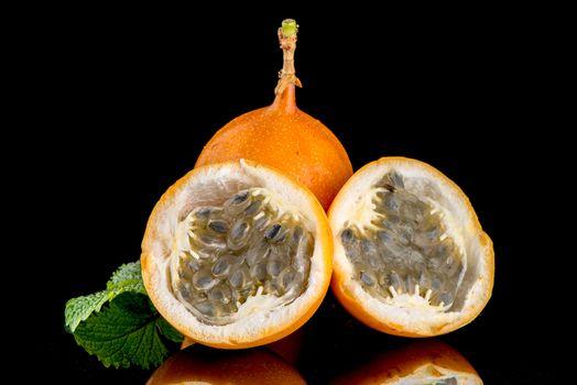 Passion fruit maracuja granadilla