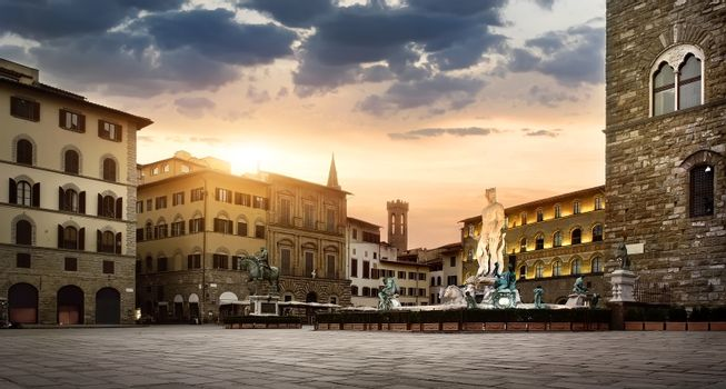Sunrise at square of Florence