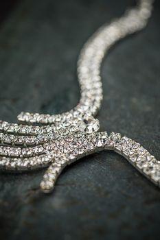 Elegant luxury bridal necklace