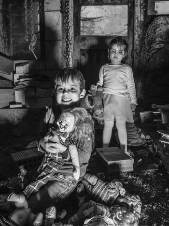 Creepy kids and scary dolls in the barn
