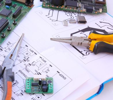 Electronic circuit and tools