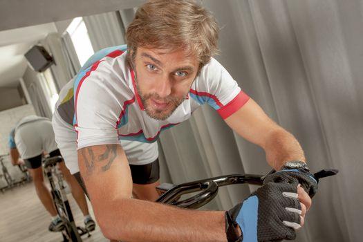 Portrait Sporty Fitt Male Gym Cycling
