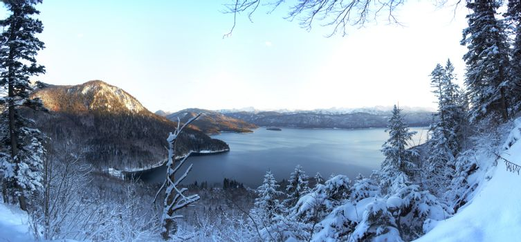 walchensee panorama in winter