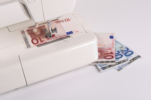 sewing the banknote