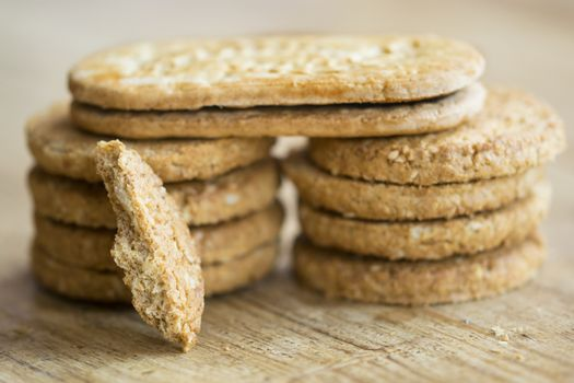 wholemeal bran biscuits