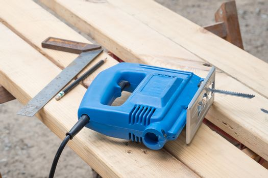 Electric tools for construction on wood working.