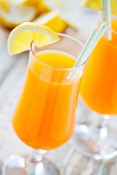 Refreshing Orange And Lemon Juice