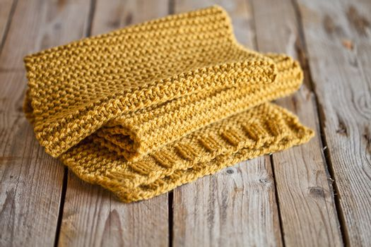 knitted yellow scarf