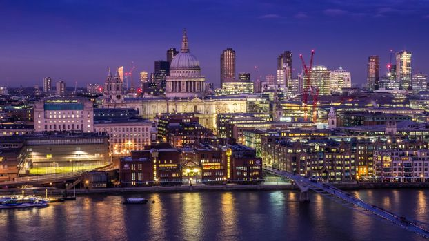 St Pauls and the London skyline